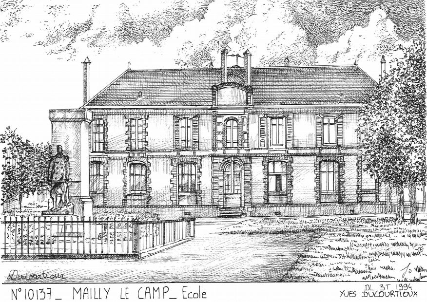 Cartes postales MAILLY LE CAMP - école