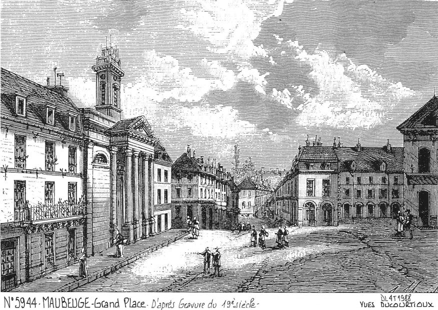 Cartes postales MAUBEUGE - grand place²